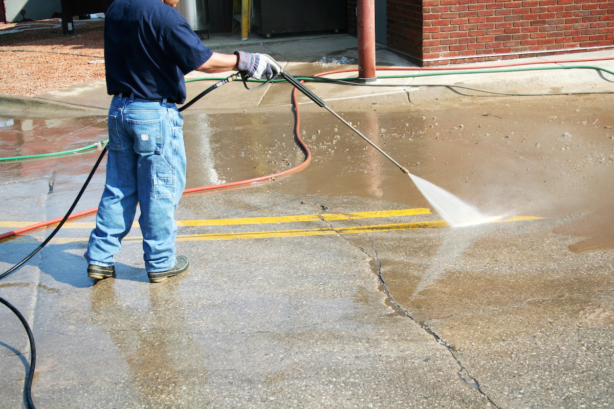 Bakersfield window cleaning oilfield cleaning service for Concrete cleaning service
